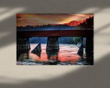 Wasserburg - Die Bruckn am Morgen van Holger Debek
