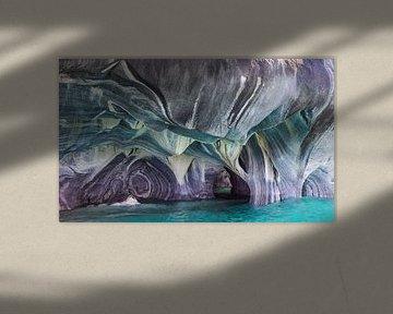 Een natuurlijk kunstwerk - 'Marble Caves' in Chili, Patagonie van Manon van Goethem