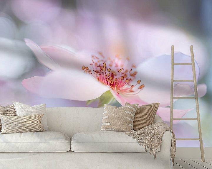 Sfeerimpressie behang: Dreamrose van Christl Deckx