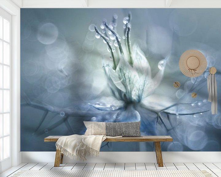 Sfeerimpressie behang: Symphony in blue van Christl Deckx