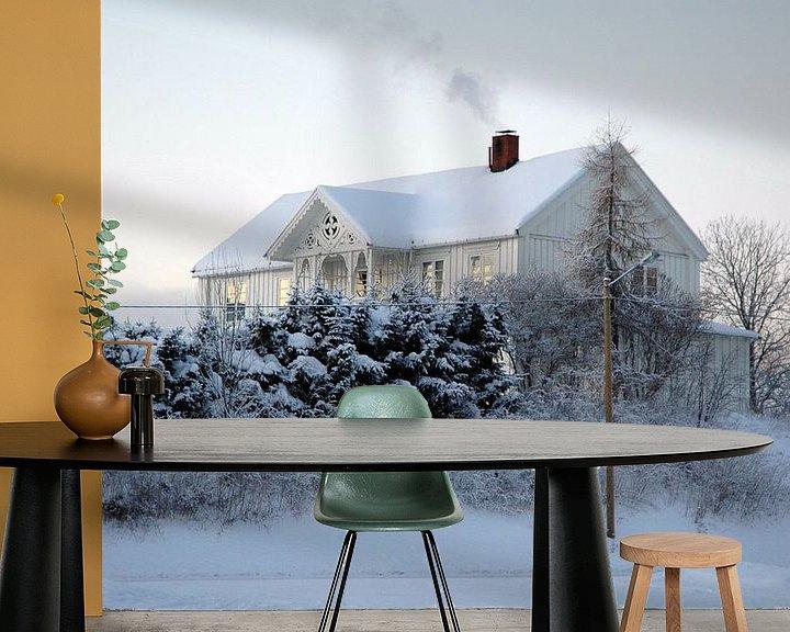 Sfeerimpressie behang: Zweedse witte winter van Barbara Koppe