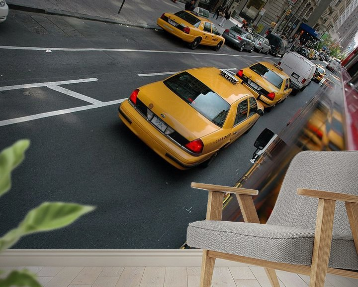 Sfeerimpressie behang: Yellow Cab van Barbara Koppe