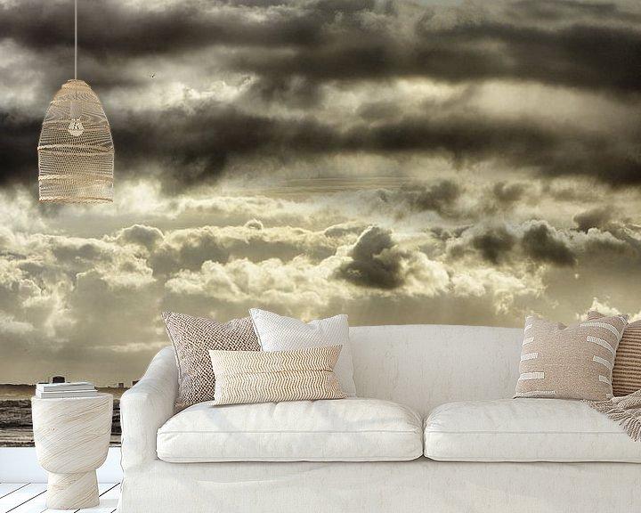 Sfeerimpressie behang: Zicht op zandvoort - Gouden weerspiegeling van Ernst van Voorst