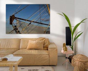 vissersboot in de haven  van Natural Charms Fotografie