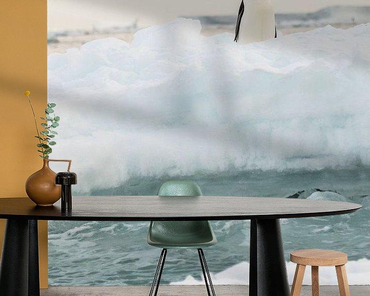Sfeerimpressie behang: Adelie Pinguin - antarctica  van Eefke Smets