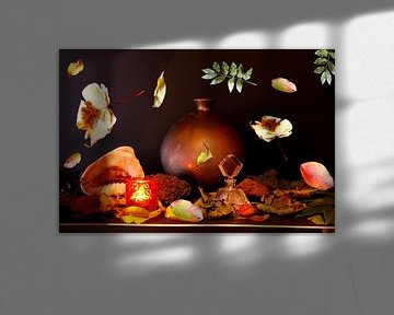 Stillleben mit Vase und Blättern von Cora Unk