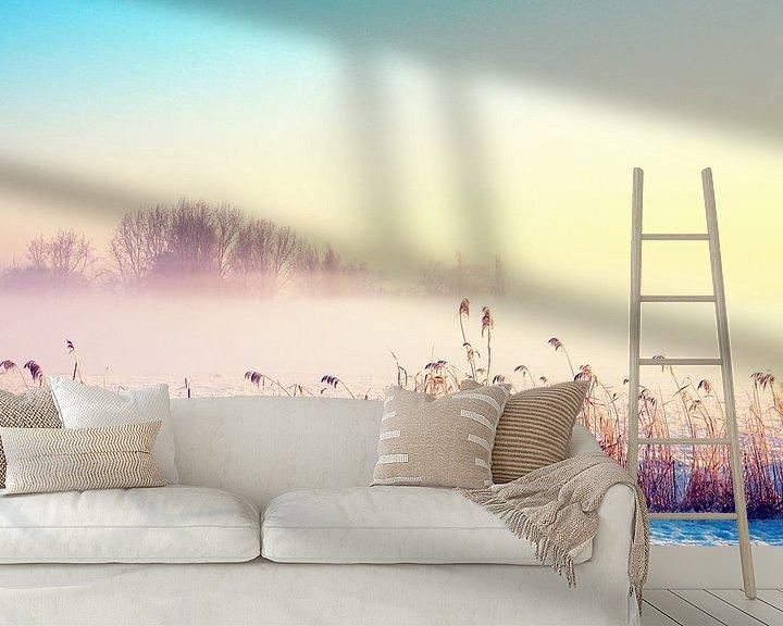 Sfeerimpressie behang: zonnige winter  van Marianne Bras