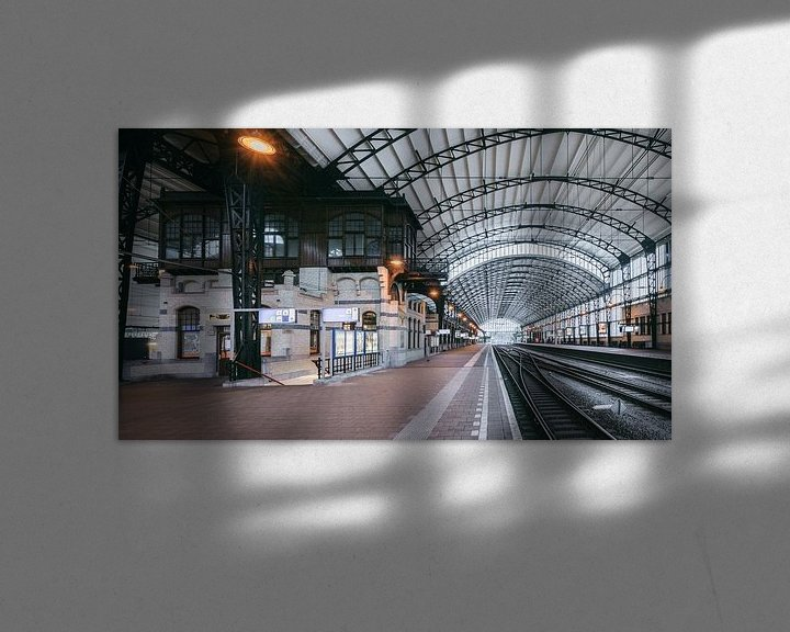 Sfeerimpressie: Haarlem: Station perron 3 overzicht van Olaf Kramer