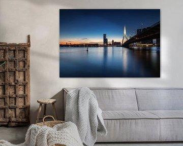 Blue hour in Rotterdam von Ilya Korzelius