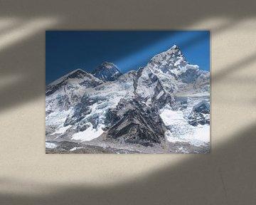 Le Mont Everest, la plus haute montagne du monde dans l'Himalaya sur Menno Boermans