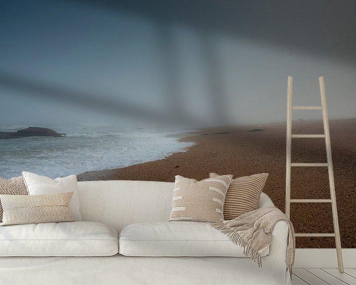 Sfeerimpressie behang: Mistige zonsopkomst 1 van Jan Peter Mulder