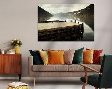 Fjord weerspiegeling, Eidfjord, Noorwegen van Gerhard Niezen Photography