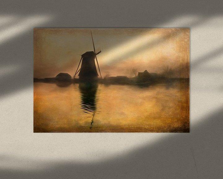 Sfeerimpressie: Hollandse molen in het ochtendgloren van Arjen Roos