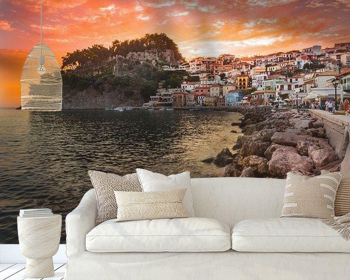 Sfeerimpressie behang: Parga sunset van Andy Troy