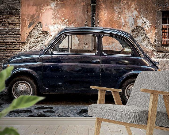 Sfeerimpressie behang: Classic Fiat 500, Urban van Jolanda van Straaten