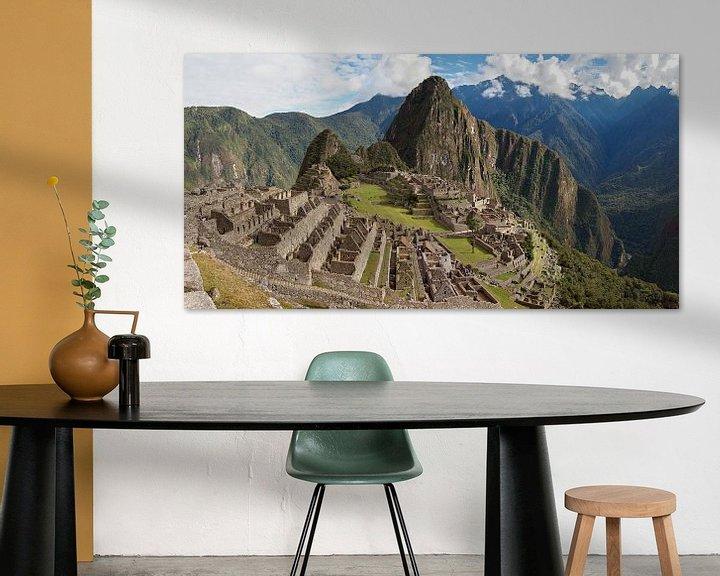 Sfeerimpressie: Ruïnes van de historische Inca stad Machu Picchu van iPics Photography