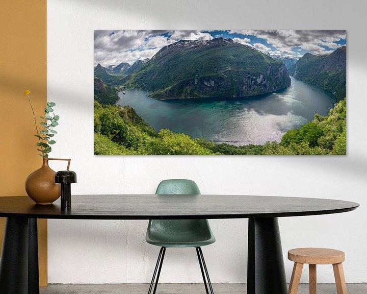 Sfeerimpressie: Panoramafoto van de gehele Geirangerfjord van iPics Photography