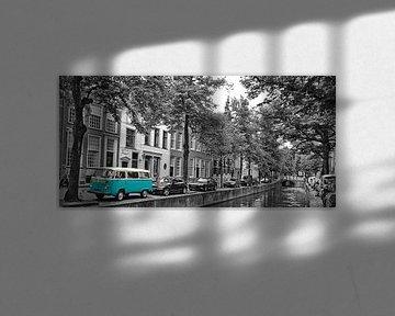 VW Camper van Johnny van der Leelie