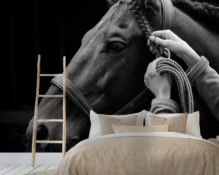 Sfeerimpressie behang: het werk van een stalknecht van Rachel Beijkirch