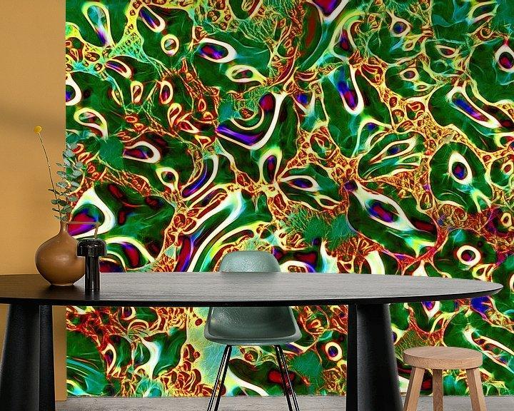 Sfeerimpressie behang: Upper-Glass in Green  (Groen kunstwerk met water) van Caroline Lichthart