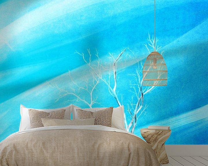 Impression: Grand fond blanc arbre sans feuilles de bleu sur Jan Brons