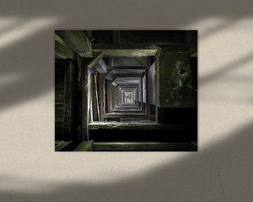 Stockwerke in einer verlassenen Munitionsfabrik von Olivier Photography