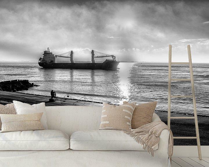 Sfeerimpressie behang: Een schip gaat buitengaats. van Don Fonzarelli