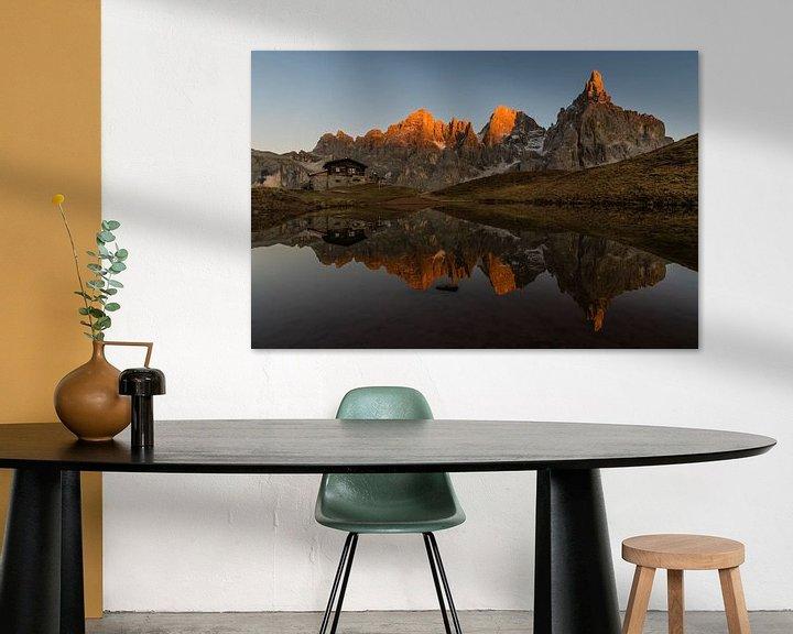 Beispiel: Letztes Sonnenlicht in den Bergen - Dolomiten, Italien von Thijs van den Broek