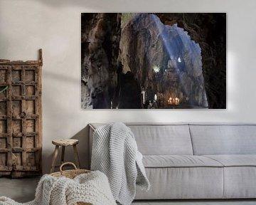 Grot in de Marble Mountains, Da Nang Vietnam von Hans Peter Debets