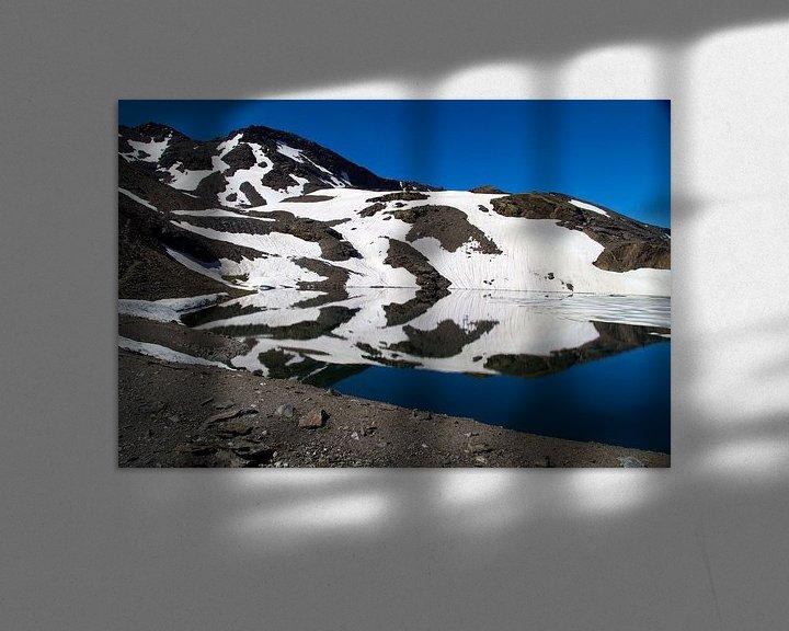 Sfeerimpressie: Ice Mountain Reflections van Cornelis (Cees) Cornelissen