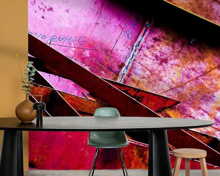 Sfeerimpressie behang: Roze trap metaal van angelique van Riet