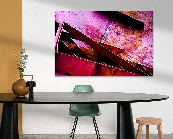 Sfeerimpressie: Roze trap metaal van angelique van Riet