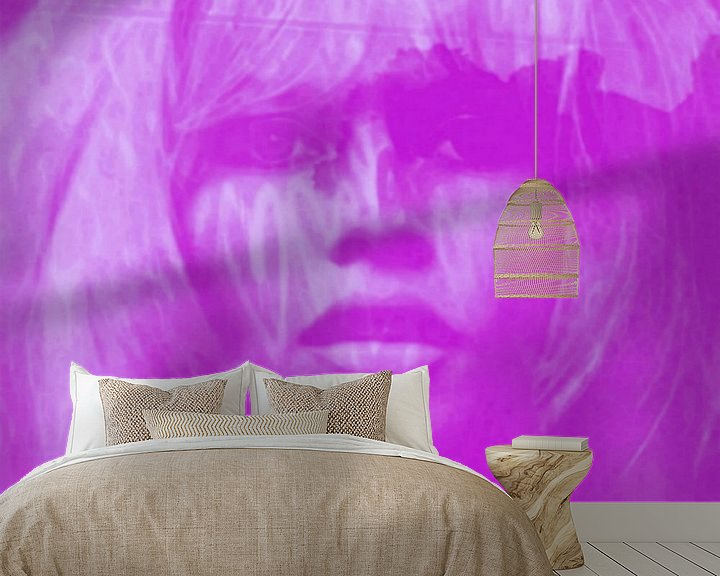 Sfeerimpressie behang: Brigitte Bardot - Lila - 24 Colours Game - I Pad Generation van Felix von Altersheim