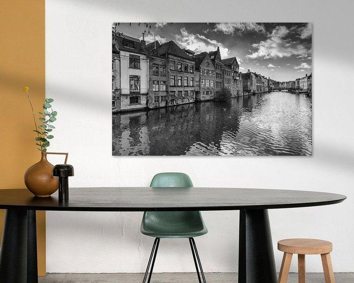 Sfeerimpressie: Oude gevelhuizen van Gent van Ilya Korzelius