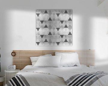 GRAPHIC PATTERN Sparkling triangles | silver von Melanie Viola