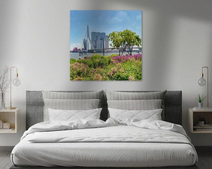 Sfeerimpressie: De Erasmusbrug, moderne architectuur Kop van Zuid, Rotterdam, Zuid-Holland, Nederland van Rene van der Meer