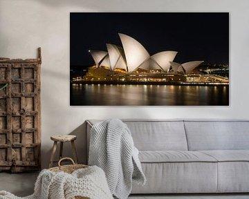 Sydney Opera House in de avond, Australie van Marcel van den Bos