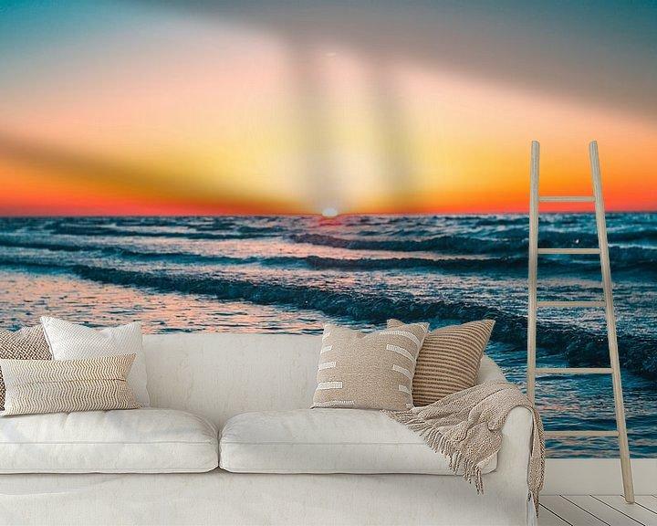 Sfeerimpressie behang: Breezand zonsondergang 3 van Andy Troy