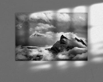 Cloudy peak van Marian Merkelbach