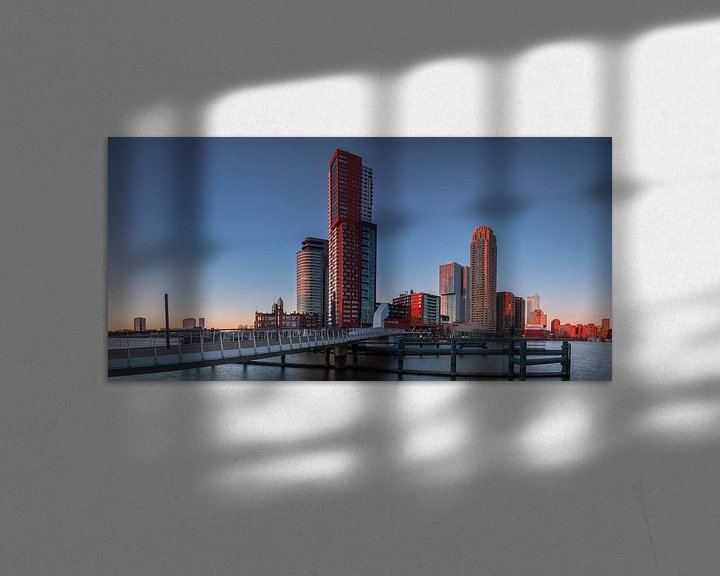 Sfeerimpressie: Last light on the Kop van Zuid in Rotterdam van Ilya Korzelius