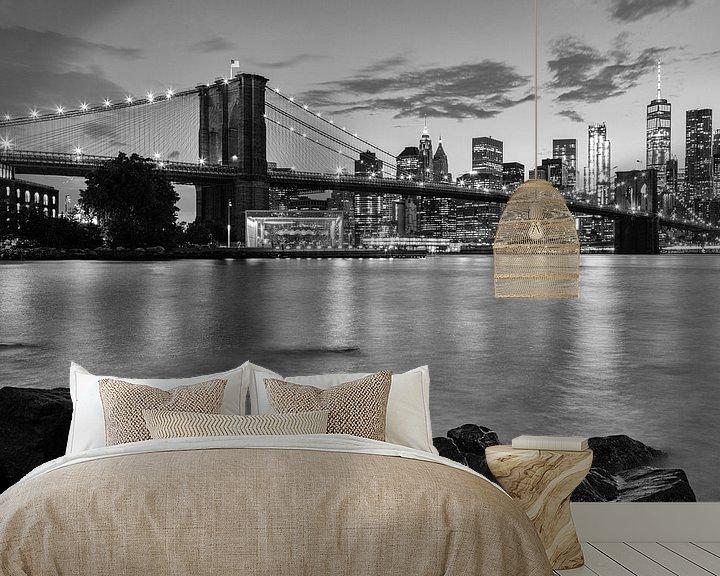 Sfeerimpressie behang: Skyline New York zwart-wit van Bart van Dinten