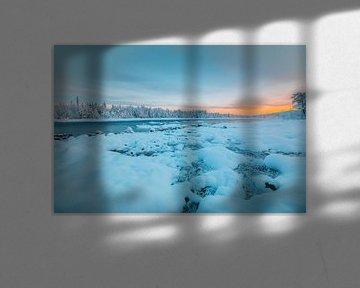 Zweden zonsondergang in winter van Andy Troy