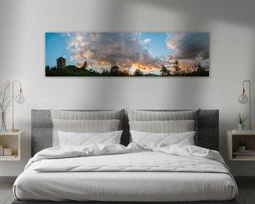 Zon en wolken van Lieke Roodbol