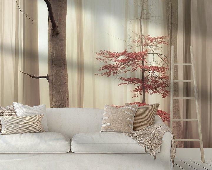 Sfeerimpressie behang: One tree life - The charming one van Rob Visser