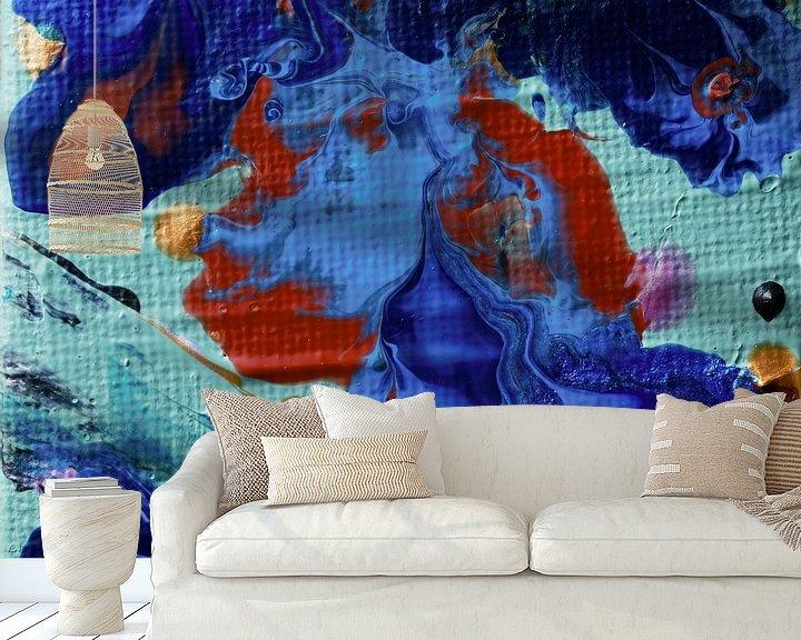 Sfeerimpressie behang: Acryl Pouring blauw van Angelique van 't Riet