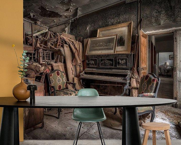 Beispiel fototapete: Klavier in verlassenen Burg von Kelly van den Brande