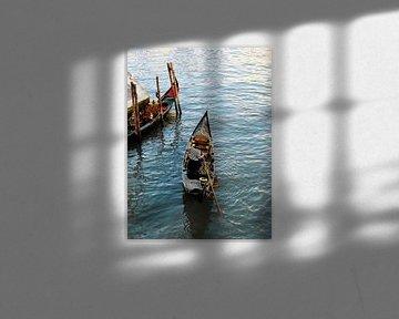 O sole mio - gondola ritje in Venetie van Jutta Klassen