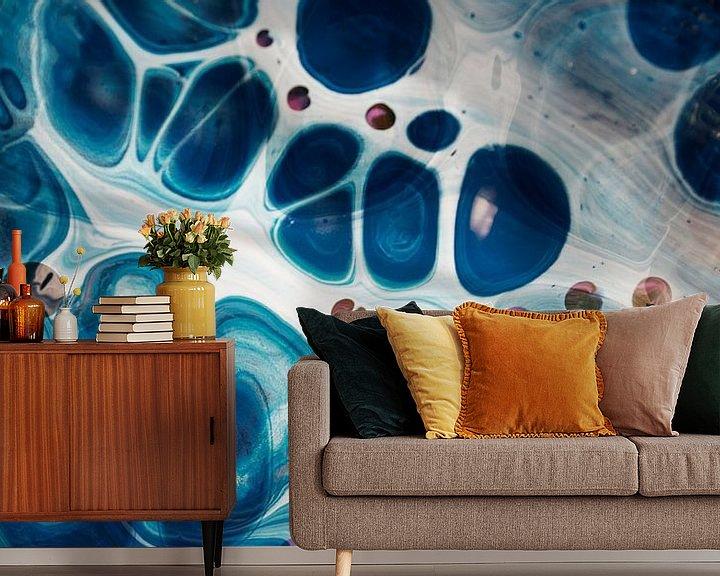 Sfeerimpressie behang: Chaos Blue 2 van Art Pour Toi