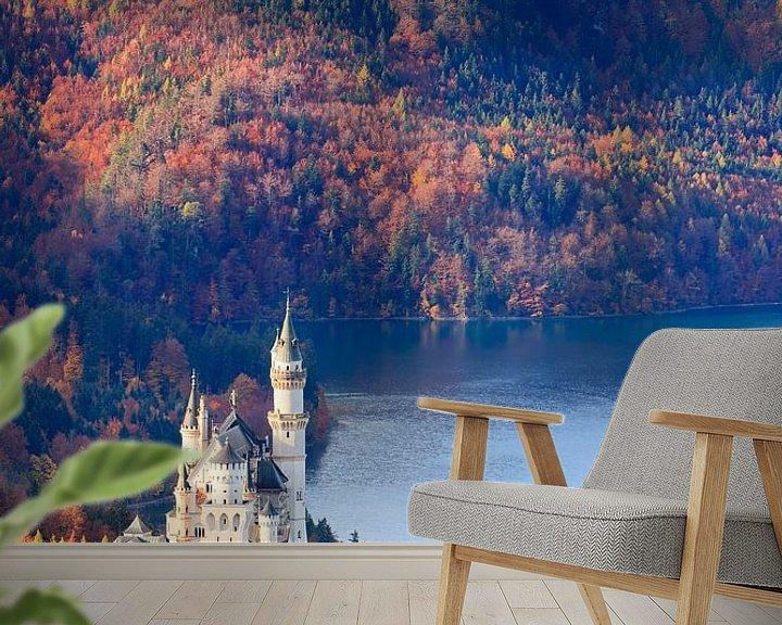 Sfeerimpressie behang: Herfst bij het kasteel Neuschwanstein van Henk Meijer Photography