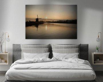 Sonnenuntergang über dem Fluss Rotte